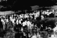 keck-church-baptizing-circa-1965-2.jpg