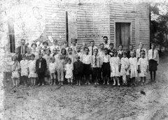pleasant-ridge-baptist-early-1930s-800.jpg