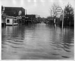lynn-camp-creek-flood-1957-104.jpg