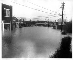lynn-camp-creek-flood-1957-116.jpg
