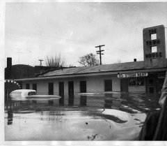 lynn-camp-creek-flood-1957-120.jpg