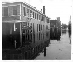 lynn-camp-creek-flood-1957-122.jpg