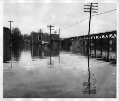 lynn-camp-creek-flood-1957-130.jpg